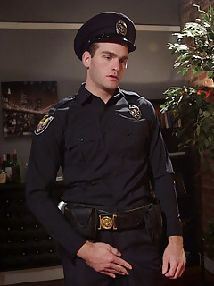 Gay Uniform Pics